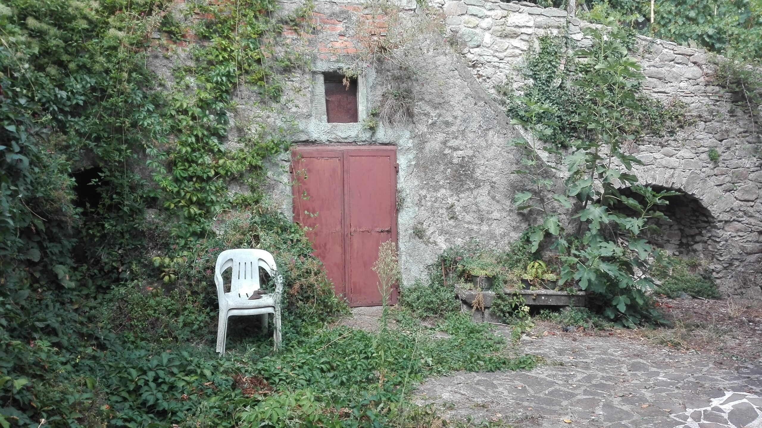 A Fivizzano : Detached house with land: Price Star !!! Lunigiana . Ref.2064