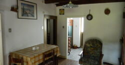 Stone house with views at a fantastic price, ideal for investment, sea at 35 minutes. 1249.