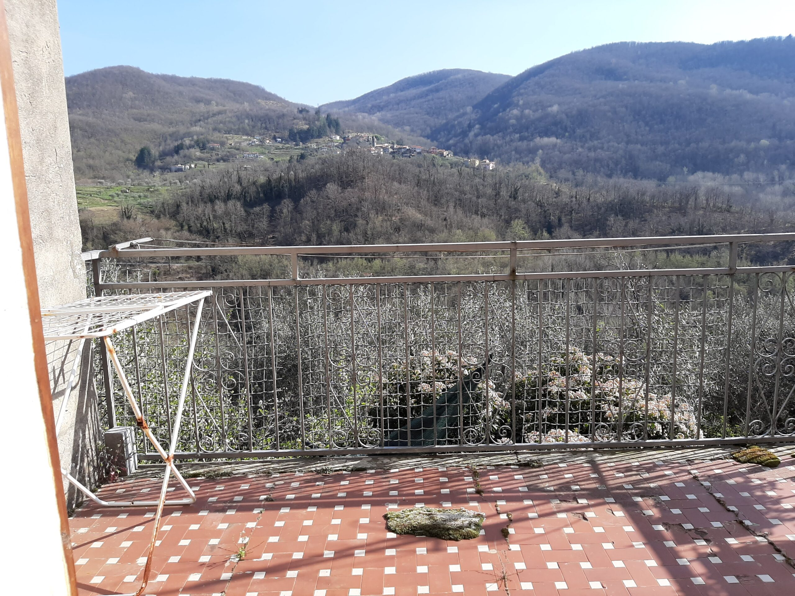 Casa con rustico ad un prezzo da Pazzi in Toscana . 2322