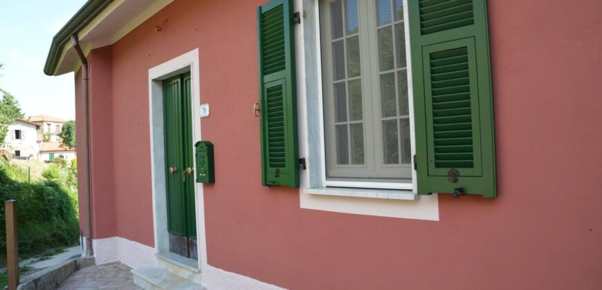 Il Panorama Toscano: Renovated house with garden: One Star.2360