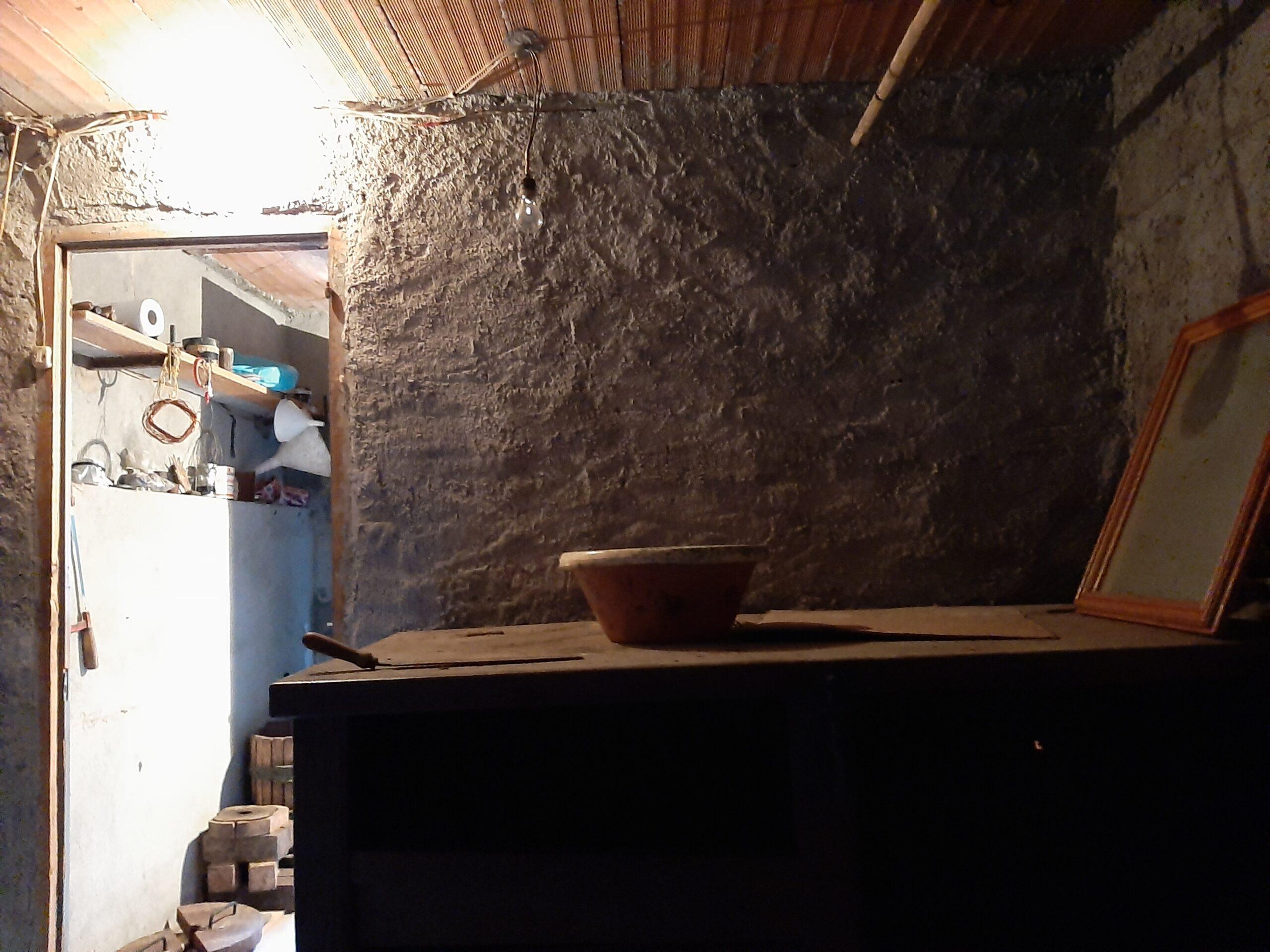 Casa in pietra in vendita a prezzo BASSO. 2392