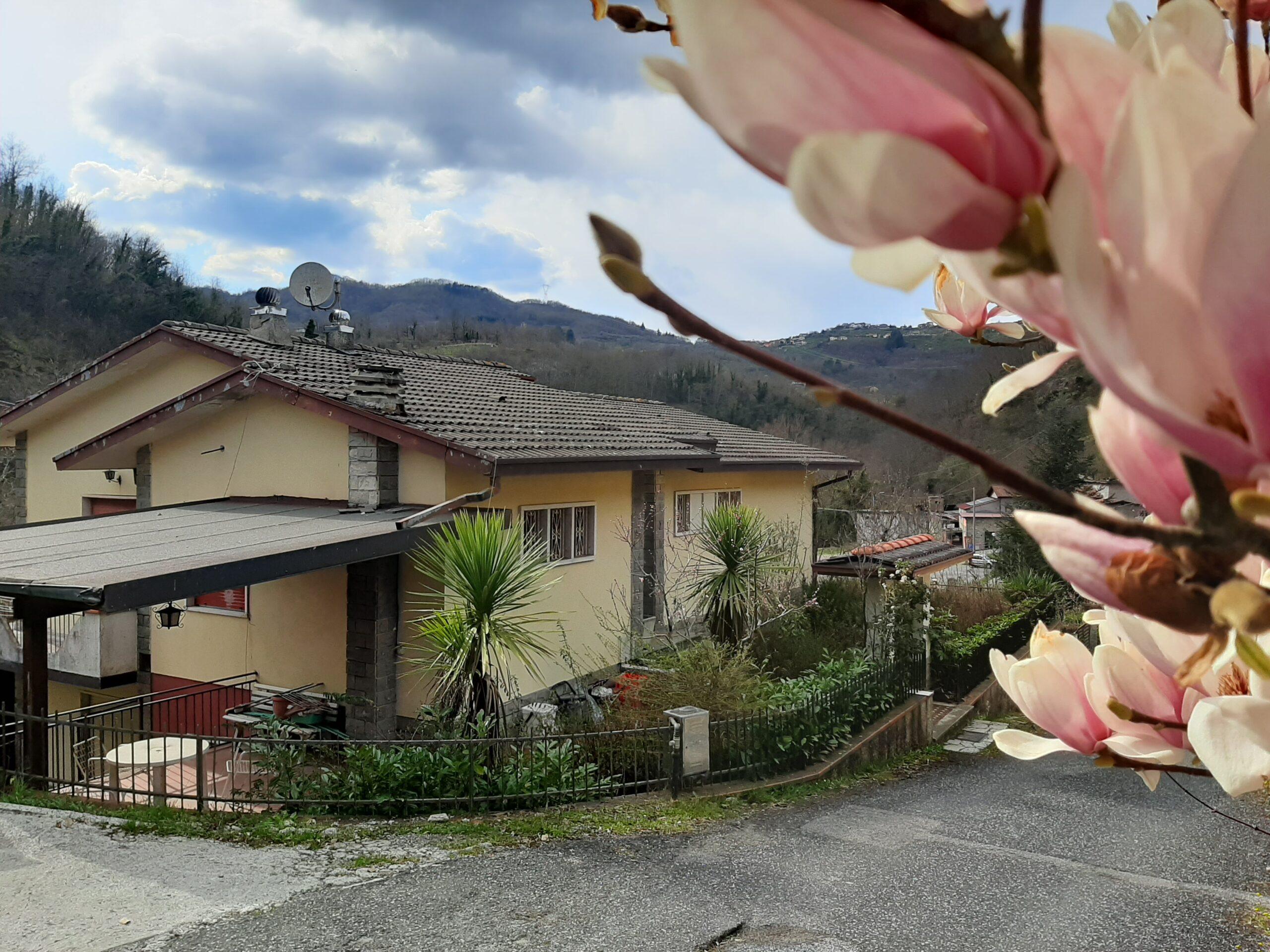 Villa Indipendente in Lunigiana – Toscana  ref. 2405