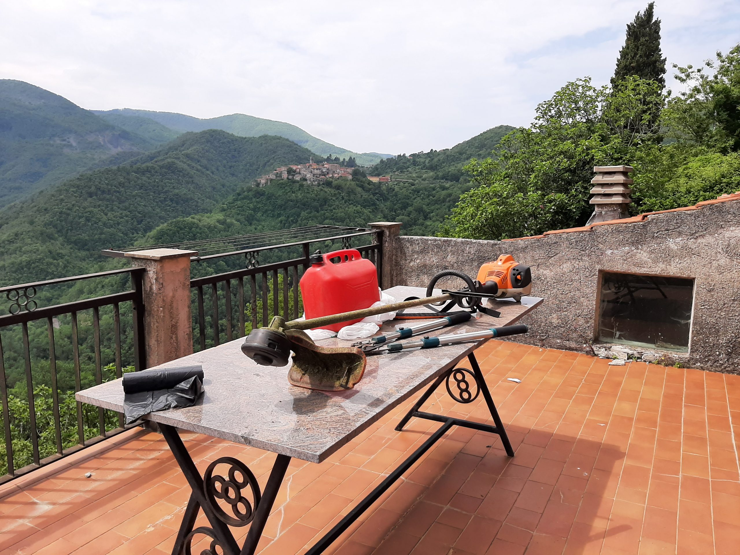 Casa Abitabile a Ristrutturata con terrazza e giardino a 20 km. dal mare!!!